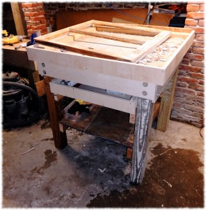 Workbench for repairing the antique windows.