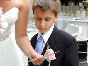 Ben reading a congratulation card before the ceremony.