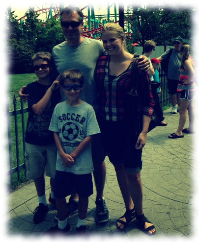 Family picture at Six Flags of New England
