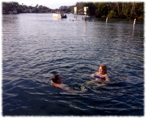 Swimming in the Homosassa River on the 23rd. The weather was a bit warmer than it was in New England